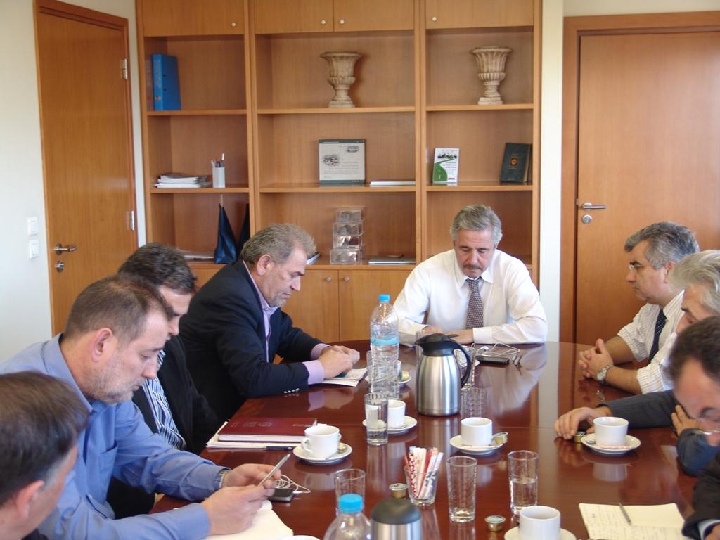 Συνάντηση ΓΕΝΟΠ/ΔΕΗ με τον υπουργό Π.Ε.Κ.Α.