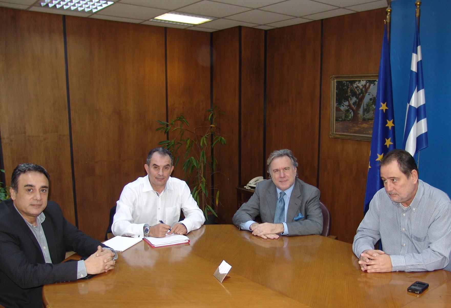 Με τον υπουργό Εργασίας συναντήθηκε το προεδρείο της ΓΕΝΟΠ/ΔΕΗ