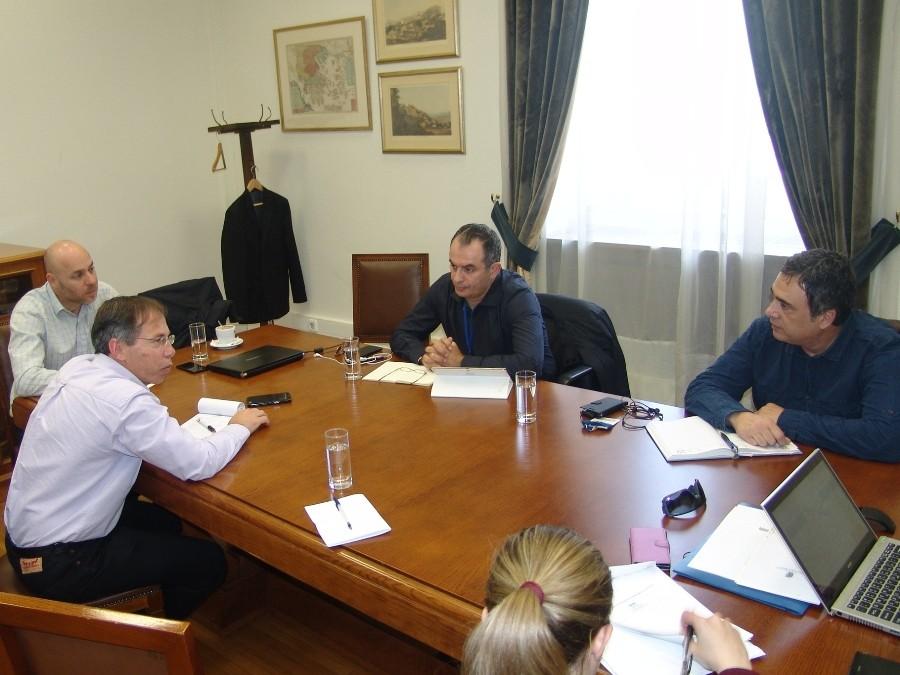Συναντήσεις της ΓΕΝΟΠ με τα πολιτικά κόμματα για το ασφαλιστικό