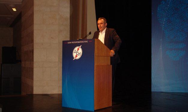 Ο πρόεδρος της ΓΕΝΟΠ/ΔΕΗ στην κοπή πίτας της ΔΕΗ ΑΕ