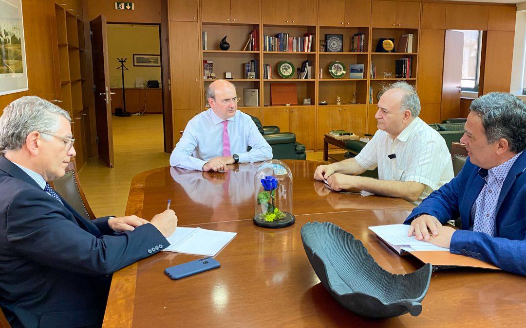 Συνάντηση ΓΕΝΟΠ/ΔΕΗ με τον υπουργό Περιβάλλοντος και Ενέργειας