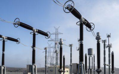 Πυρκαγιά στο Κ.Υ.Τ. Κουμουνδούρου: Άμεση η κινητοποίηση των εργαζομένων  σε ΑΔΜΗΕ και ΔΕΔΔΗΕ για την αποκατάσταση της ηλεκτροδότησης